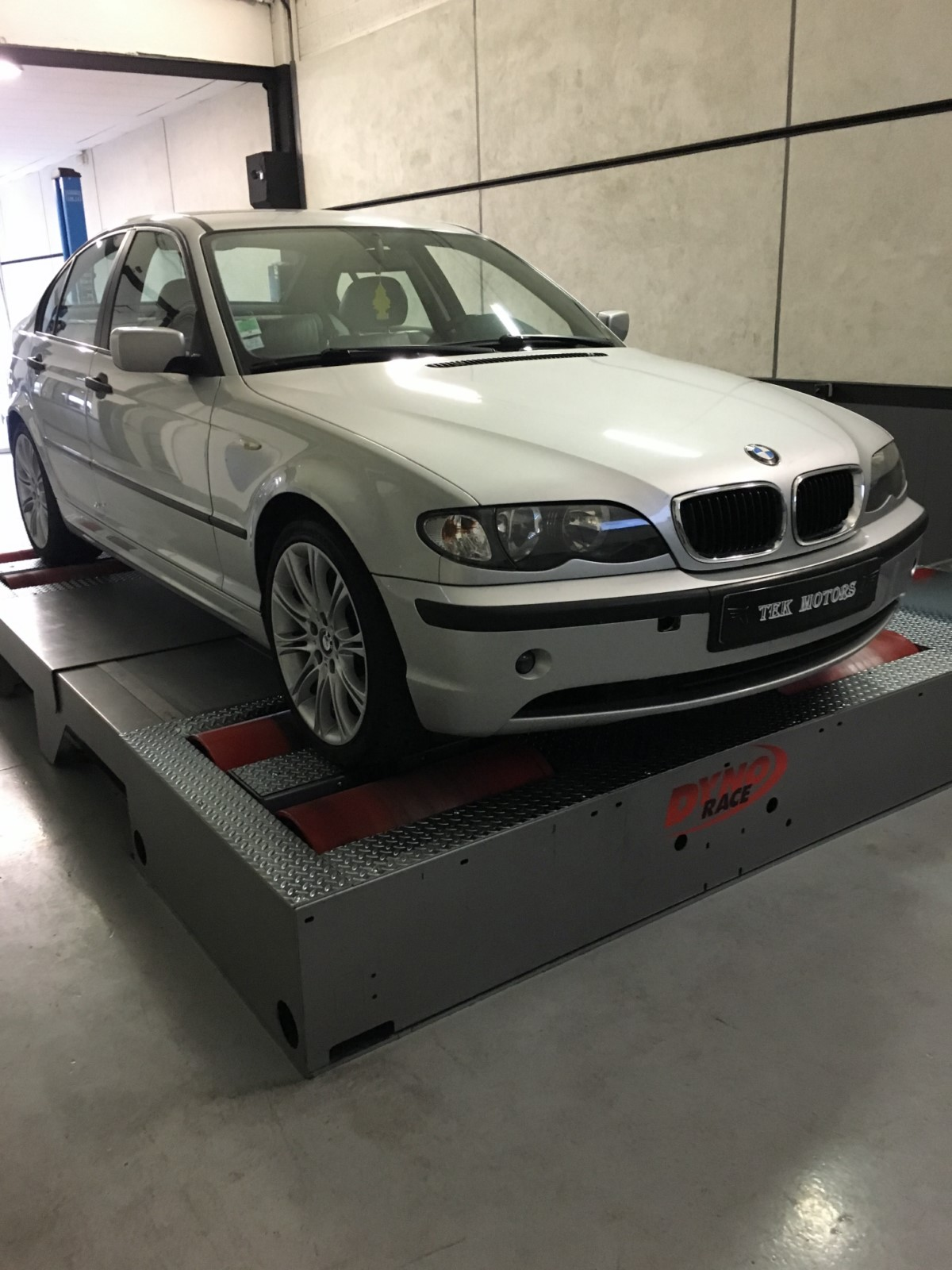 reprogrammation moteur bmw 320d e46 150 cv i paris 75 tek motors. Black Bedroom Furniture Sets. Home Design Ideas
