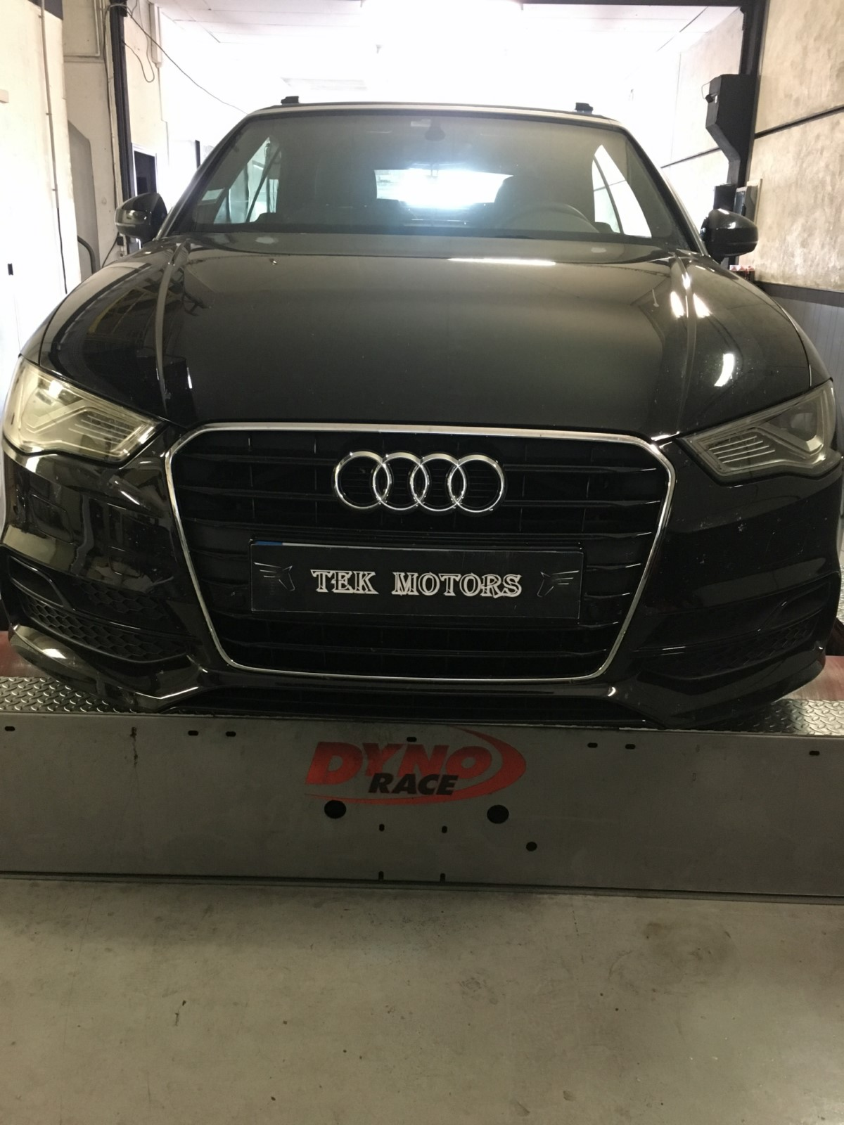 reprogrammation moteur audi a3 2 0l 150cv stage 1 gains impressionnants by tek motors i clamart. Black Bedroom Furniture Sets. Home Design Ideas