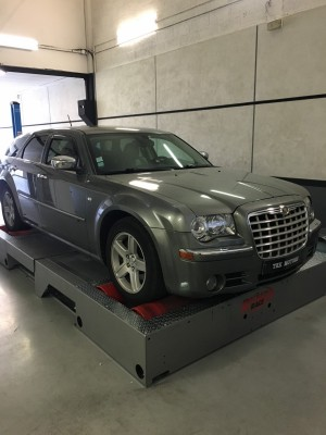reprogrammation moteur chrysler 300 c 218 cv i paris tek motors. Black Bedroom Furniture Sets. Home Design Ideas